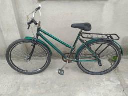 Bicicleta boa de mais