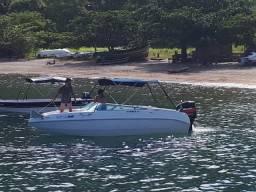 Alugo lancha em Angra dos Reis para 5 passageiros
