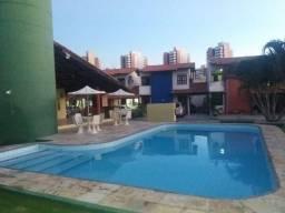 Casa em condomínio fechado em Fortaleza