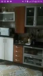 Cozinha e.sofá