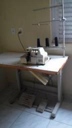 Maquina de costura over