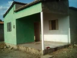 Aluga-se casa em Picos-PI, com 2 quartos