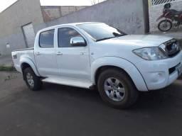 Toyota Hilux Branca 4x4 - 2010