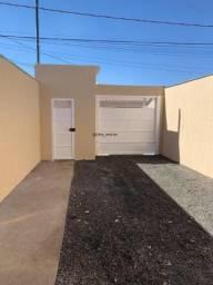 Casa com 2 quartos sendo 1 suíte, bairro Golden Ville, 2 vagas de garagem