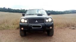 Mitsubishi pajero sport hpe l200 4x4 / diesel / v5 - 2007