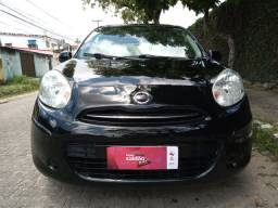 Nissan march completo ano:2013
