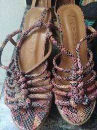 Lote de sandálias Anabela