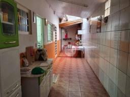 Casa com 3 dormitórios à venda, 100 m² por R$ 370.000 - Jardim Paraíso II - Botucatu/SP