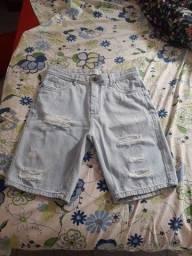 Título do anúncio: Bermuda jeans rasgada