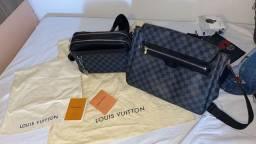 Título do anúncio: Bolsa Louis Vuitton Damier Transversal com 3 divisorias, original e nova.
