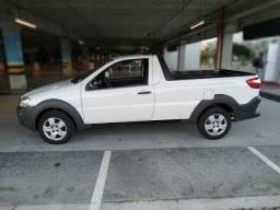 Fiat Strada 2018 muito bem conservada