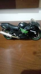 Título do anúncio: Miniatura Kawasaki ninja zx-14