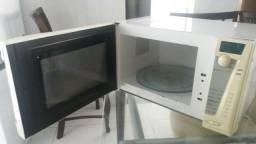 Vendo forno microndas 31 litros por 100,00
