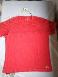 Título do anúncio: Camisa vermelha tamanho G
