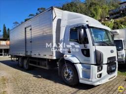 Ford Cargo 2428 2012 Baú