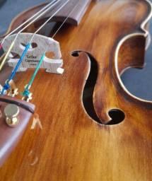 Título do anúncio: Violino nhureson verniz goma laca