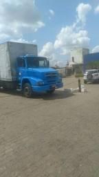 Título do anúncio: Troco por caminhão  menor