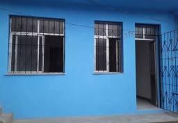 Casa 2/4 - Rótula do Abacaxi - ao lado da estação de Metrô