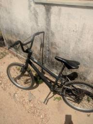Título do anúncio: Bike Caloi usada aro 16