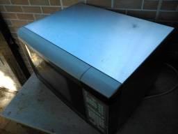 Título do anúncio: (Com defeito) Micro-ondas Consul 25L Facilite Inox