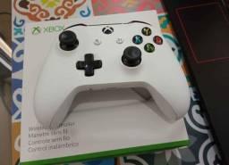 Controle Xbox one c/Bluetooth pega em PC<br>Divido até 12x sem juros nos cartões