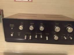 Amplificador sansui