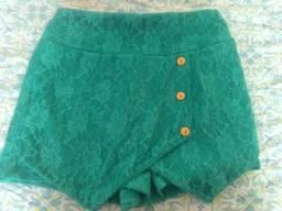 Shorts Saia de renda (nunca usado)