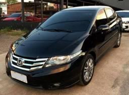 Honda City EX 1.5 Versão Top de Linha - 2013