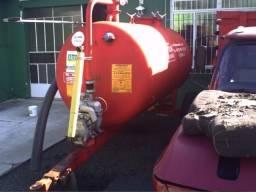 Distribuidor de esterco triton 3000 litros