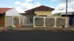 Casa à venda com 3 dormitórios em Sorocabano, Jaboticabal cod:V1368