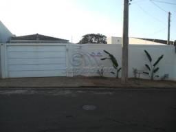 Casa à venda com 3 dormitórios em Jardim sao marcos i, Jaboticabal cod:V243
