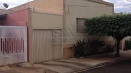 Casa à venda com 3 dormitórios em Centro, Jaboticabal cod:V3181