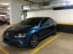 Jetta 1.4. TSI 16V Automático Rodas Aro 19 Bancos Couro - 2017