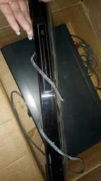 Reprodutor e copiador de DVD e um aparelho de DVD