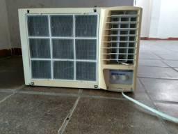 Ar Condicionado Springer Janela 17500 Btus 220w