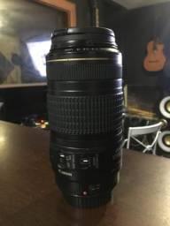 LENTE CANON EF 70-300mm f/4-5.6 IS USM ( bem conservada )