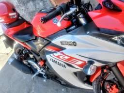 Vendo moto yamaha yzf r3 supwr nova .moto de garagens tel. * - 2016