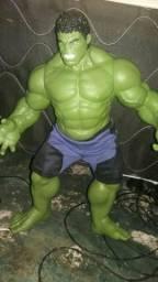 Hulk gigante