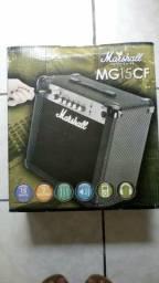 Vendo amplificador Marshall mg15cf-e carbon fibre