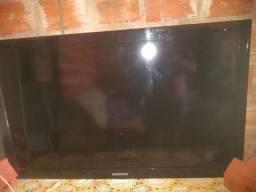 Vendo uma tv Samsung 50