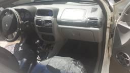 Clio sedan 2006. 10.000