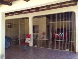 Casa no bairro Prainha com 2 suítes, 1 quarto