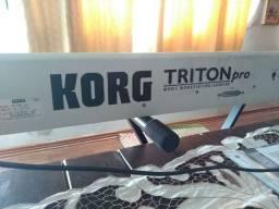 Usado, Teclado Triton Korg Pro 76 Teclas- Japonês Raridade Muito Conservado comprar usado  Arapongas