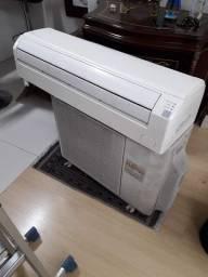 Ar Condicionado Fujitsu 24000btus Inverter Quente e Frio (usado)