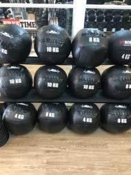 Wall ball 4/6/8/10 kilos 190,00 cada