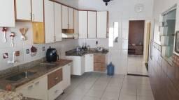 Título do anúncio: Casa com 4 Dormitorio(s) localizado(a) no bairro Santa Cruz em Cuiabá / MT Ref.:CA0172