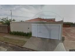 Leilão do Banco Santander - Casa com 198m2 - Localizado em Jaboticabal - SP