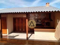 Atlântica Imóveis tem linda casa para venda no Jardim Guanabara em Macaé/RJ