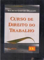 Livros de Direito e Português