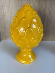 Título do anúncio: Pinha decorativa em cerâmica